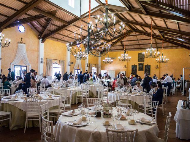 La boda de Carlos y Elena en Gerena, Sevilla 76