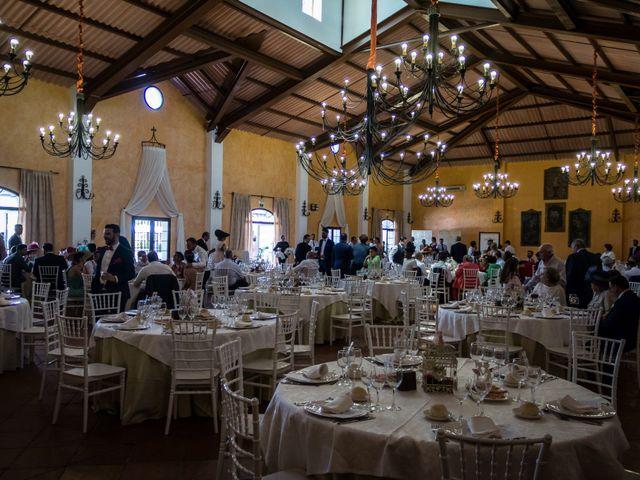 La boda de Carlos y Elena en Gerena, Sevilla 77