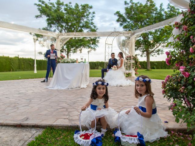 La boda de Rafa y Estefania en Palma Del Rio, Córdoba 13