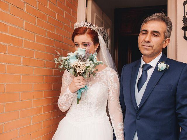 La boda de Ismael y Almudena en Jerez De Los Caballeros, Badajoz 44