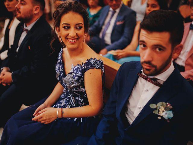 La boda de Ismael y Almudena en Jerez De Los Caballeros, Badajoz 65