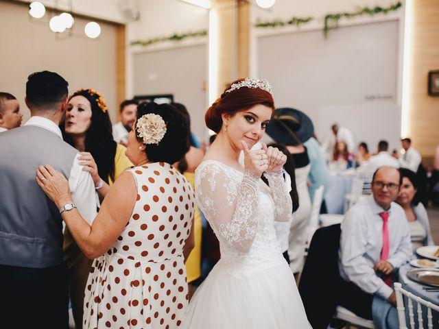 La boda de Ismael y Almudena en Jerez De Los Caballeros, Badajoz 108