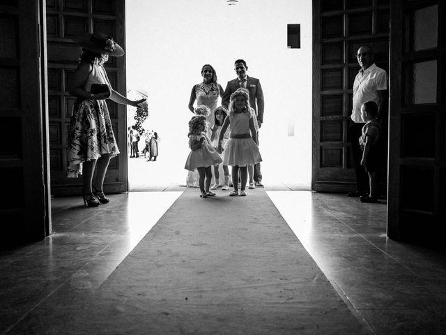 La boda de Alfredo y Ana Mari en Los Barrios, Cádiz 12