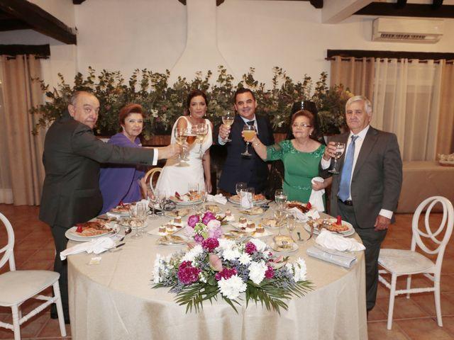 La boda de Carry y Arsenio en Sevilla, Sevilla 12