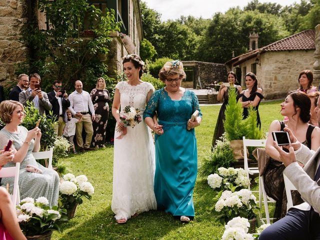 La boda de Stuart y Sonia en Celanova, Orense 25