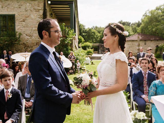 La boda de Stuart y Sonia en Celanova, Orense 27