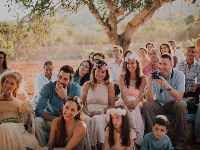 La boda de Grafi y Rocío en Cala De San Vicente Ibiza, Islas Baleares 15