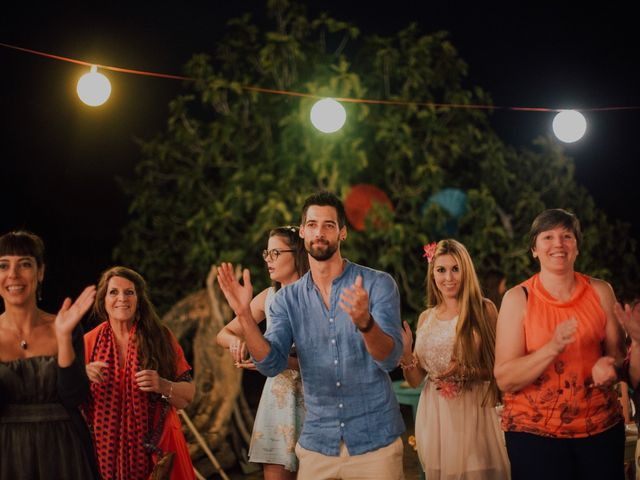 La boda de Grafi y Rocío en Cala De San Vicente Ibiza, Islas Baleares 31