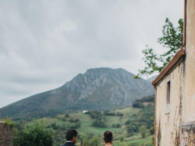 La boda de Javi y Maria en Covadonga (Oviedo), Asturias 6