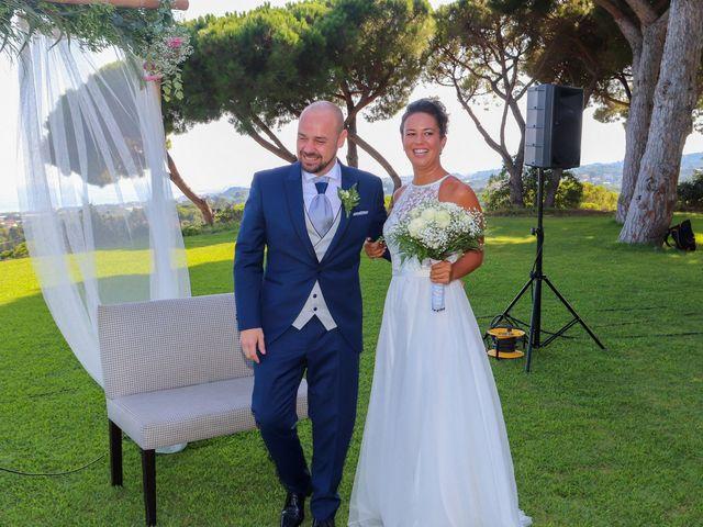 La boda de Angel y Cristina en Sant Vicenç De Montalt, Barcelona 11