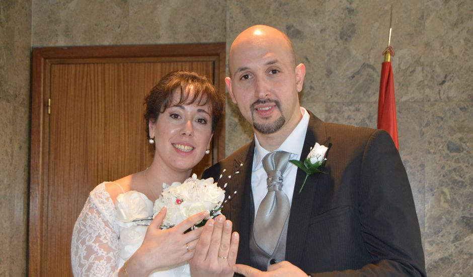 La boda de sandra y luisma en Madrid, Madrid