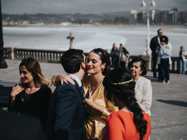 La boda de Adrian y Lucia en San Cucao, Asturias 20