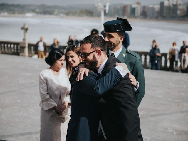 La boda de Adrian y Lucia en San Cucao, Asturias 21