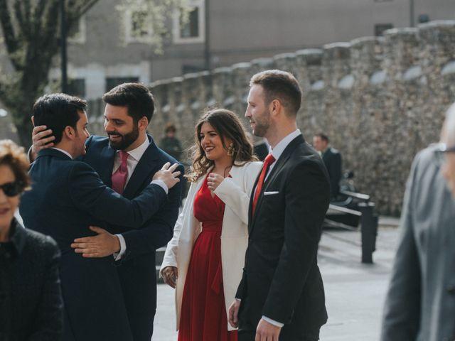 La boda de Adrian y Lucia en San Cucao, Asturias 25