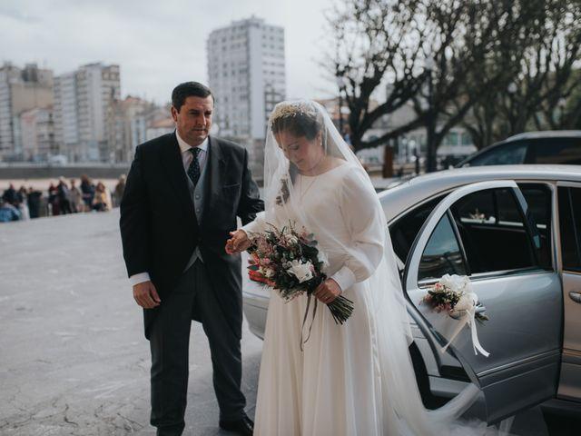 La boda de Adrian y Lucia en San Cucao, Asturias 30