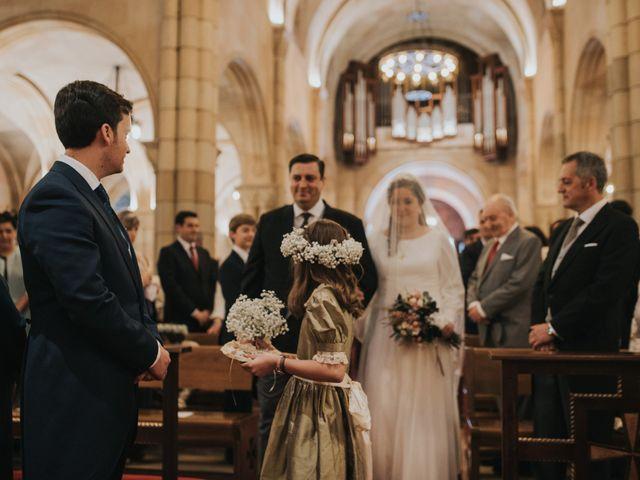 La boda de Adrian y Lucia en San Cucao, Asturias 35