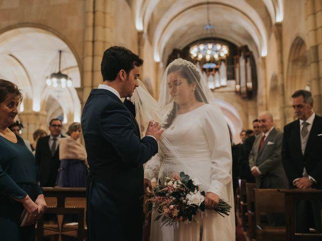 La boda de Adrian y Lucia en San Cucao, Asturias 36