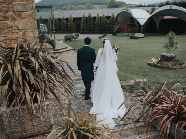 La boda de Adrian y Lucia en San Cucao, Asturias 100