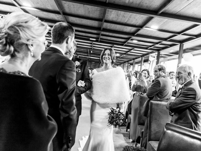 La boda de Fernando y Elena en Ballesteros De Calatrava, Ciudad Real 22
