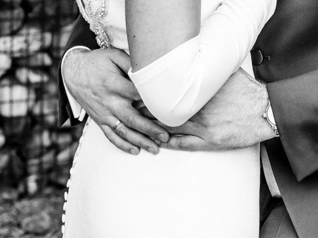 La boda de Fernando y Elena en Ballesteros De Calatrava, Ciudad Real 32