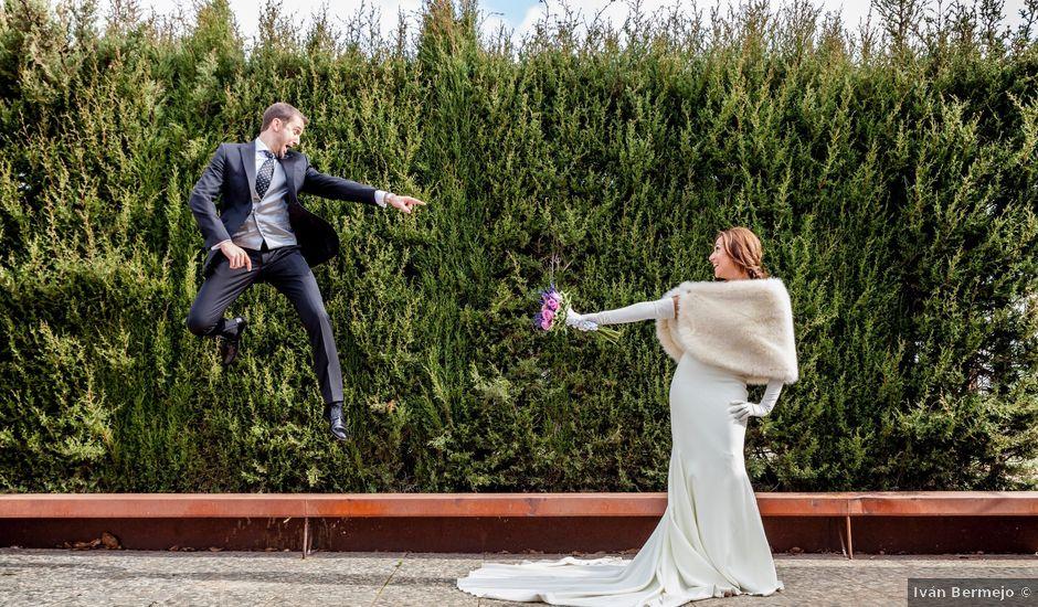 La boda de Fernando y Elena en Ballesteros De Calatrava, Ciudad Real