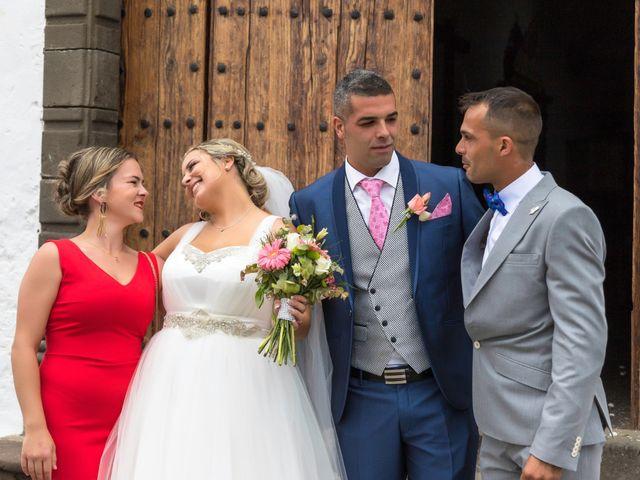 La boda de Juanjo y Carla en Icod, Santa Cruz de Tenerife 28