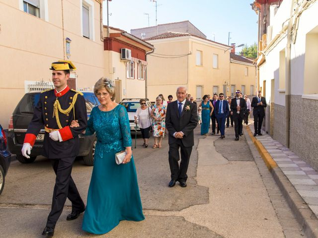 La boda de Victor y Oti en Abengibre, Albacete 10