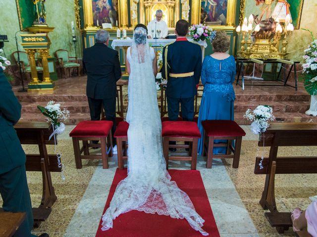 La boda de Victor y Oti en Abengibre, Albacete 17