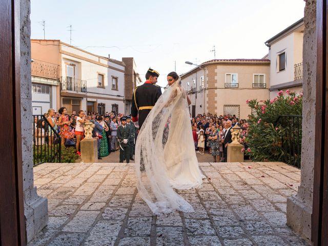 La boda de Victor y Oti en Abengibre, Albacete 20