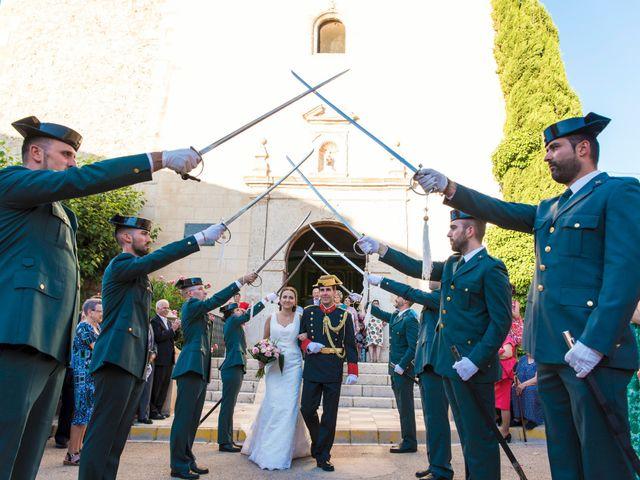 La boda de Victor y Oti en Abengibre, Albacete 21
