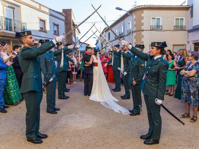 La boda de Victor y Oti en Abengibre, Albacete 22