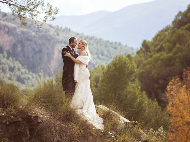 La boda de Angela y Dioni