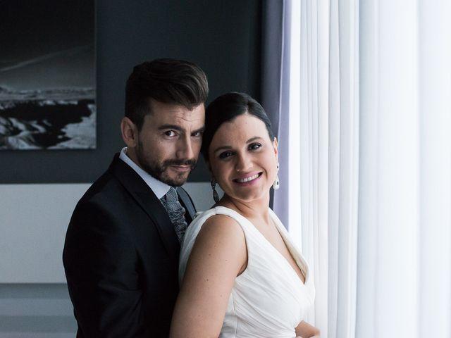 La boda de Miguel y Meritxell en Castejon, Navarra 16