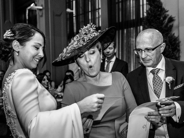 La boda de Fernando y Laura en Zaragoza, Zaragoza 30