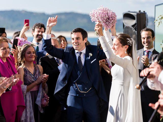 La boda de Ignacio y Marta en San Vicente De El Grove, Pontevedra 65