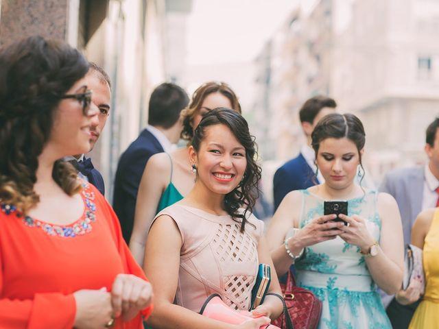 La boda de Mario y Viviana en Elx/elche, Alicante 54