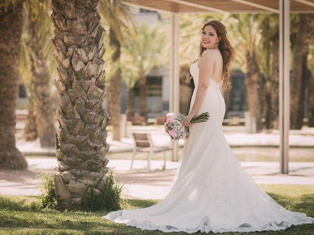 La boda de Mario y Viviana en Elx/elche, Alicante 76