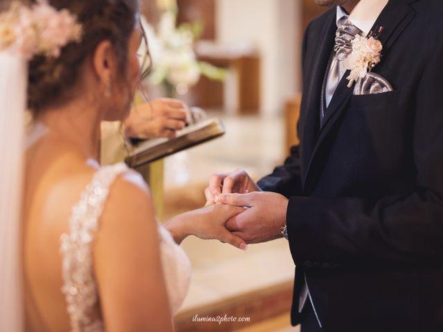 La boda de Adrián y Patricia en L' Hospitalet De Llobregat, Barcelona 17