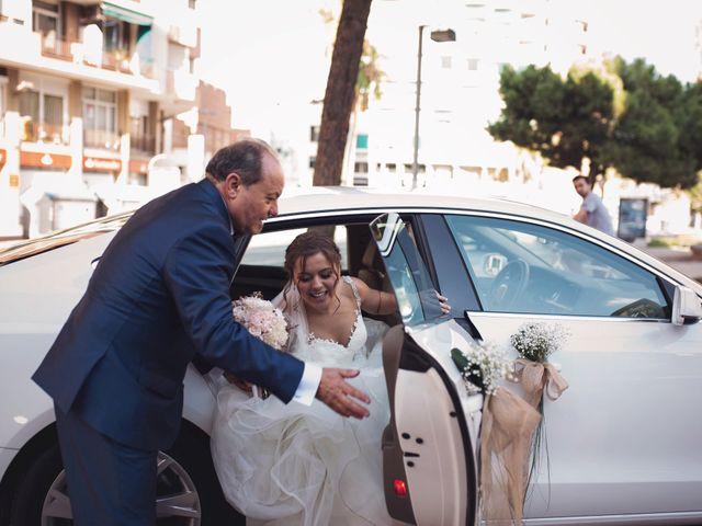 La boda de Adrián y Patricia en L' Hospitalet De Llobregat, Barcelona 76