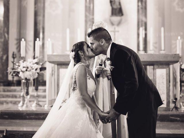 La boda de Adrián y Patricia en L' Hospitalet De Llobregat, Barcelona 79