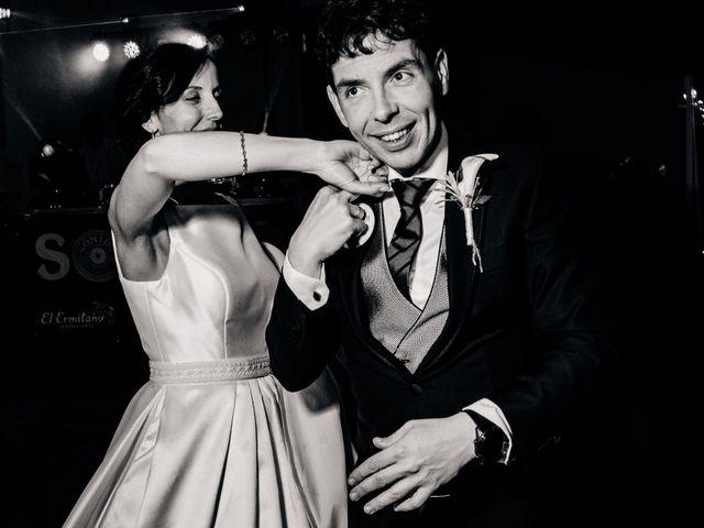 La boda de David y Almudena en Benavente, Zamora 44