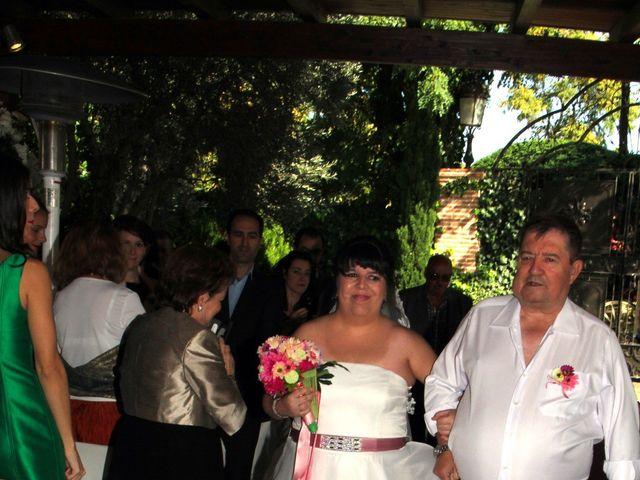 La boda de Miguel Ángel y Amparo  en Alcalá De Henares, Madrid 9