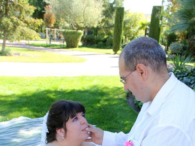 La boda de Miguel Ángel y Amparo  en Alcalá De Henares, Madrid 16
