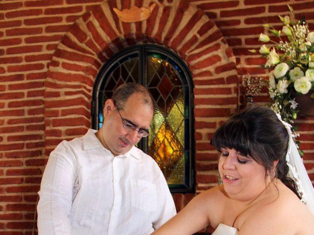 La boda de Miguel Ángel y Amparo  en Alcalá De Henares, Madrid 42