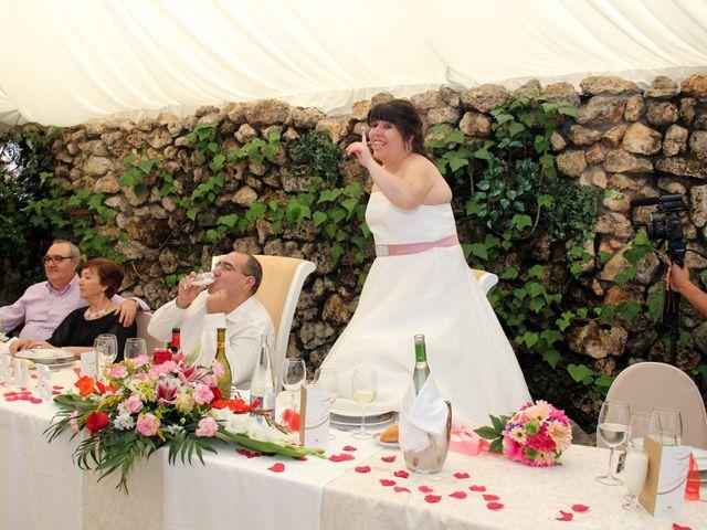 La boda de Miguel Ángel y Amparo  en Alcalá De Henares, Madrid 48