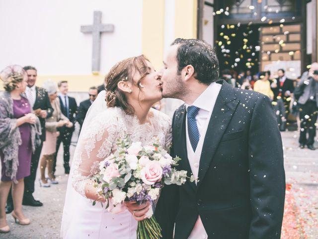 La boda de Pablo y Lorena en Alhaurin De La Torre, Málaga 31