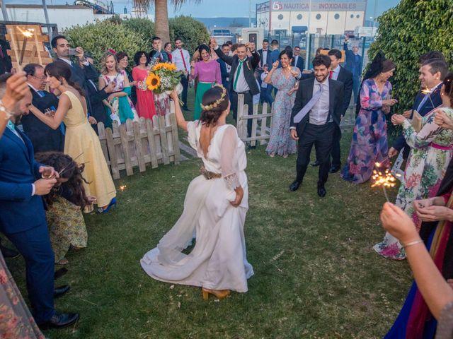 La boda de Quique y Macarena en Barbate, Cádiz 14