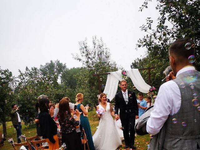 La boda de Daniel y Sandra en Tiñana, Asturias 15