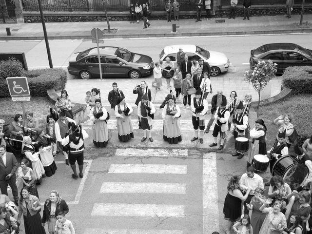 La boda de Pablo y Noelia en Pola De Lena, Asturias 4