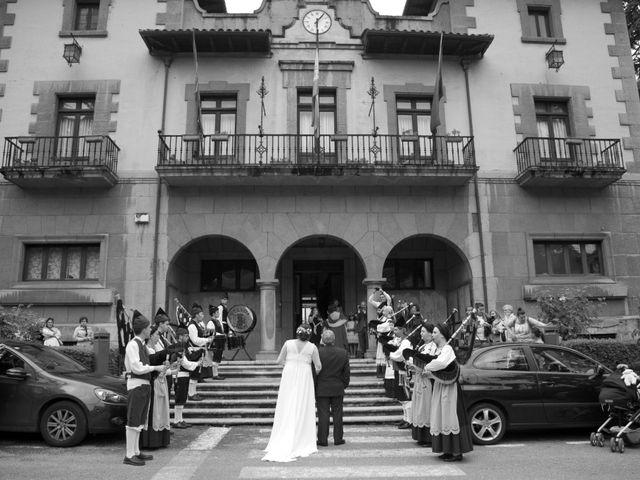 La boda de Pablo y Noelia en Pola De Lena, Asturias 19